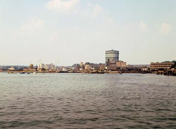 Ipswich Dock looking north, 20 June 1970. The gasworks and piston-type gasholder can be quite clearly seen. � Robert Carr, 1970