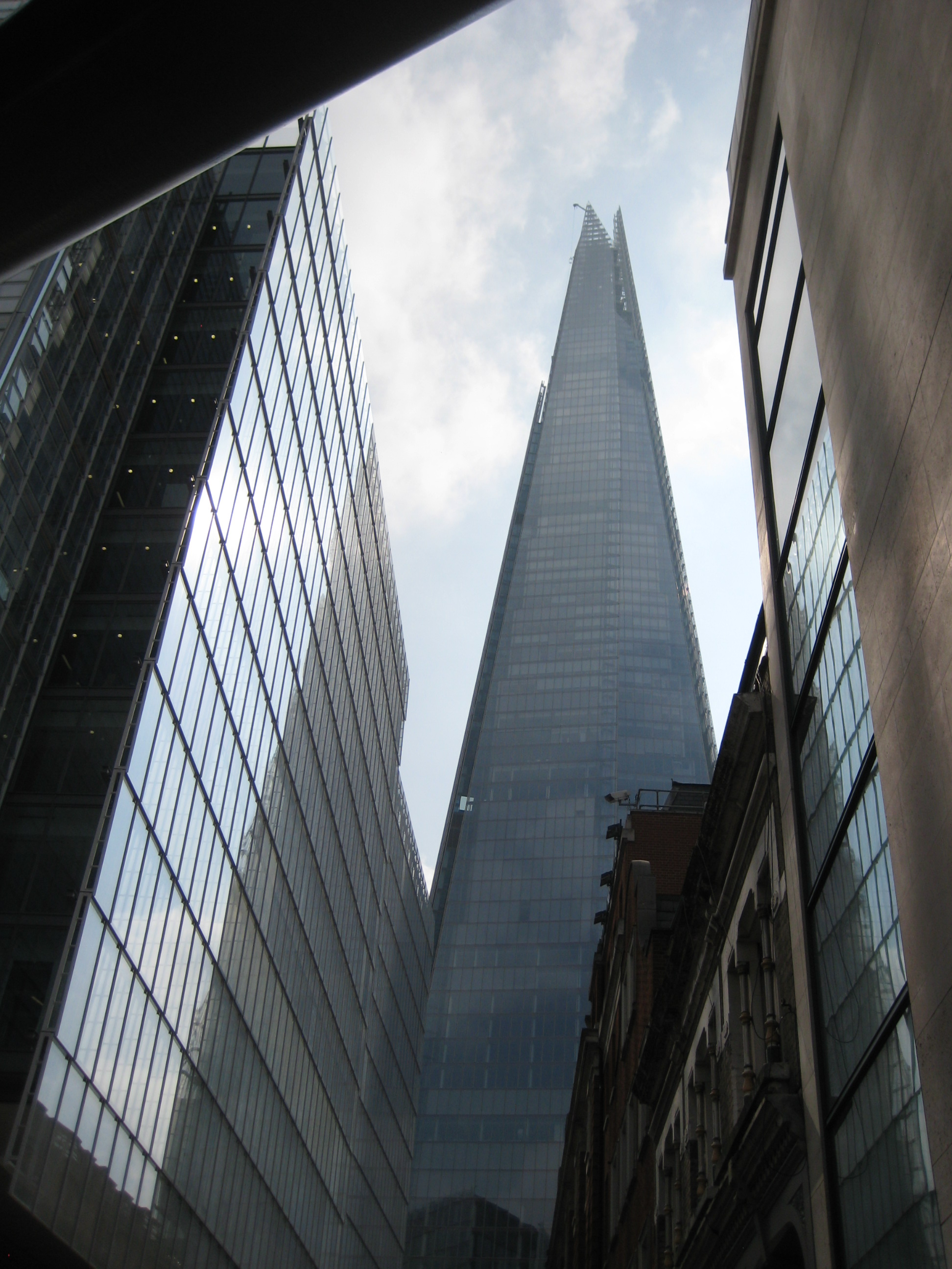 Shard Tower © Robert Mason 2013