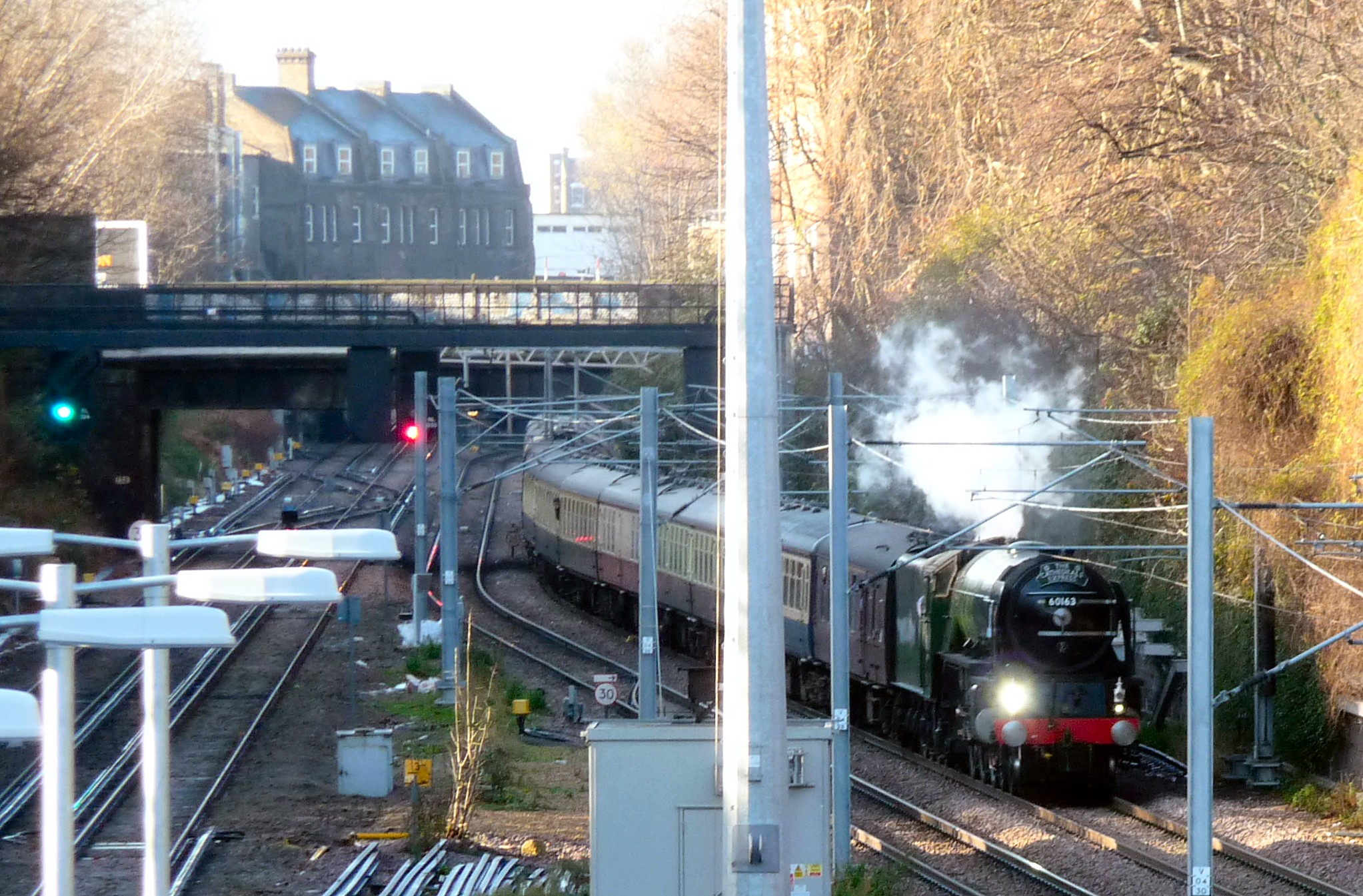 60163 Tornado eastbound approaching Canonbury on 12th December 2011 © Robert Carr